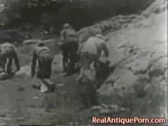 Antique out doors Porn of 1915!