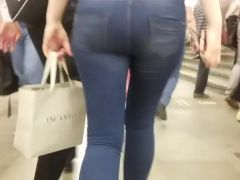Russian blonde ass in the metro