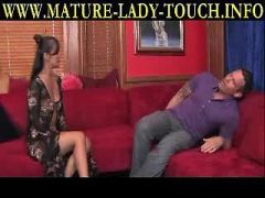 Seduction Tips- Know How to Give Women
