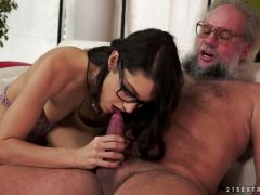Carolina Abril jerking off and ass fingering an old man