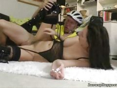 Hottie nailed by bicycle boy
